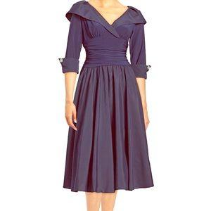 Eliza j !!🔥🔥🔥 Long dress with long sleeves🔥💃